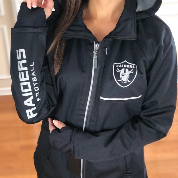 size 40 0aae6 5483d NFL Oakland Raiders Performance Soft Shell Jacket Boutique